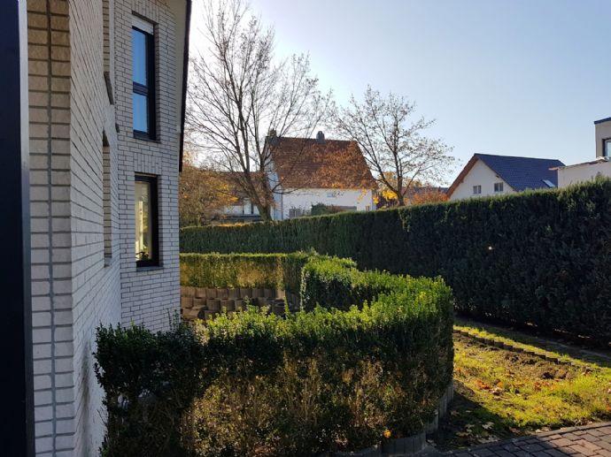 Energiesparhaus als 1-2 Familienhaus mit PV-Anlage in ruhiger Lage von Altenbeken !!