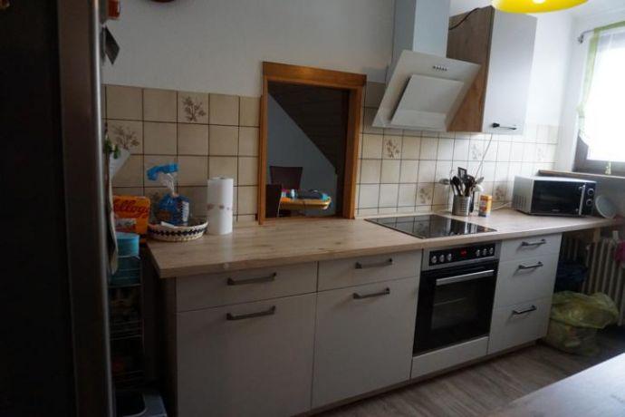 Dachgeschosswohnung mit moderner Einbauküche