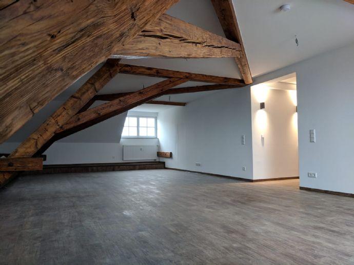 Wunderschöne Maisonette-Wohnung im 3 Obergeschoss