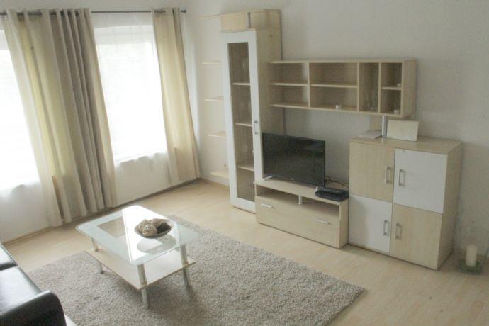 Dbg Duissern : Top gepflegte & komplett eingerichtete DG Wohnung