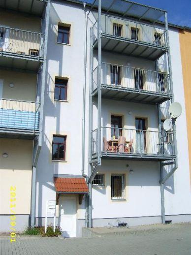 3-Raum-Wohnung im Zentrum von Freital mit Blick ins Grüne ab 01.12.2020 zu vermieten