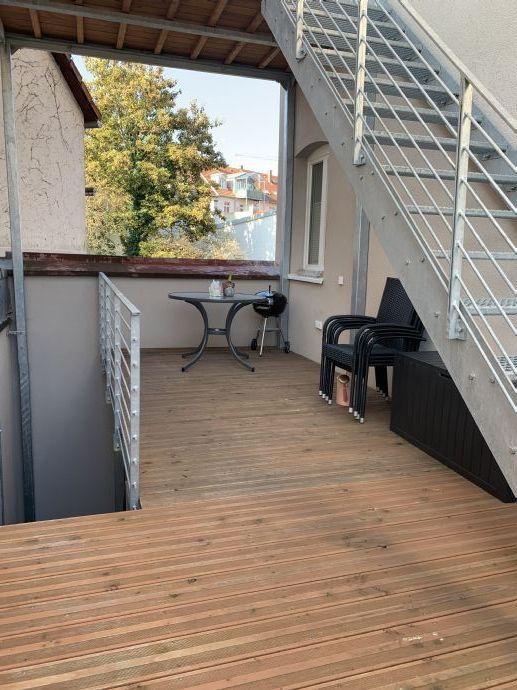 Ausgefallene sehr schön moderne citynahe  2 Zi-Wohnung