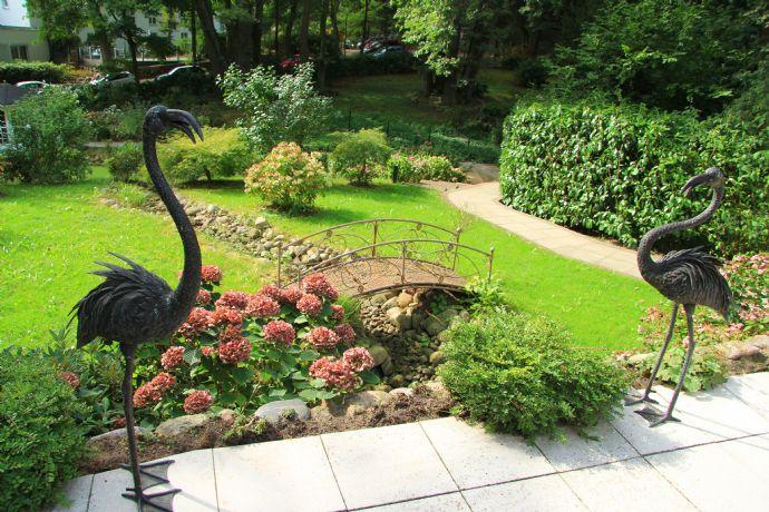 Elbblick - Großzügige Erdgeschosswohnung mit Garten