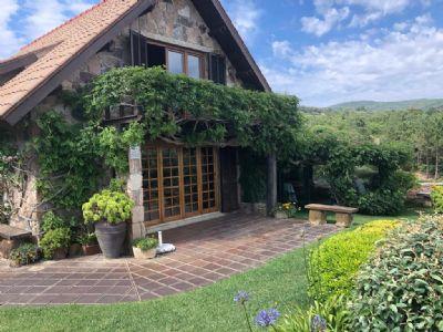 Azoia Häuser, Azoia Haus kaufen