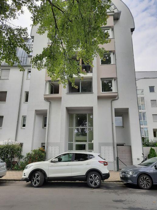 Schön renovierte extravagante 2-Zimmer-Wohnung in Fürth Innenstadt