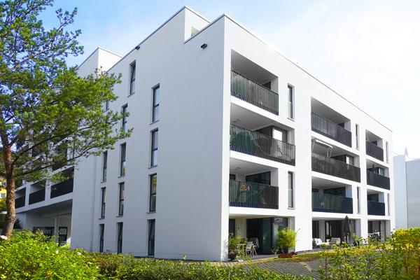 Kassel/ Vorderer Westen ?Neuwertige, schöne 3-Zimmer-Wohnung mit 2 Loggien mit Fernblick