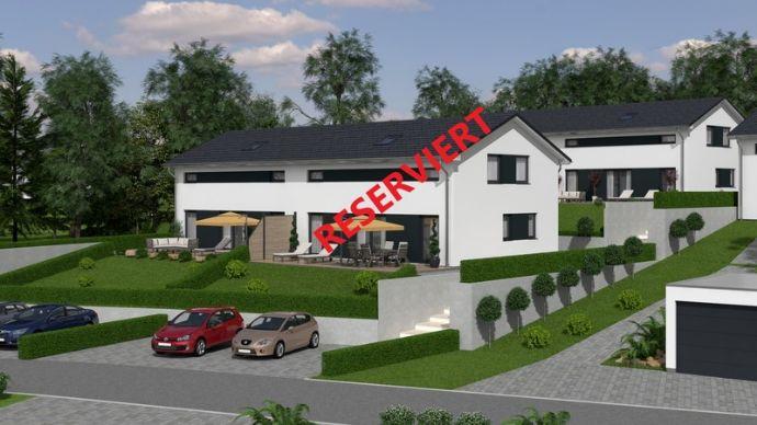 *Endlich zu Hause*-traumhafte Doppelhaushälfte in ruhiger Lage incl. Grundstück (linke Seite)
