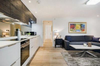 Helle DG - Wohnung in beliebter Lage