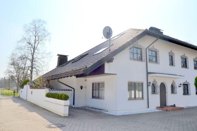 Großzügige Villenhälfte mit viel Platz für die Familie und Büro in sehr guter Lage Grünwald