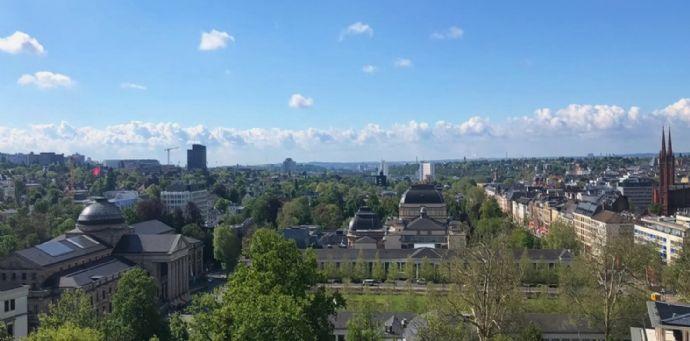 Penthouse-Traum mitten in Wiesbaden ! - Residieren Sie mit Blick auf den Kurpark !