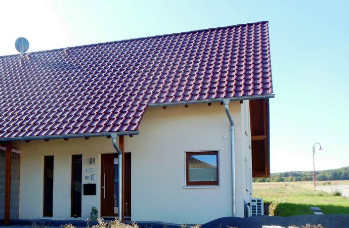 Individuelles, hochwertiges Wohnen in Ihrem lichtdurchflutetem Einfamilienhaus in Niederzissen, Verbandsgemeinde Brohltal.