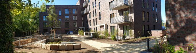 Erstbezug: freundliche 3-Zimmer-Wohnung mit EBK und Balkon in Rissen, Hamburg