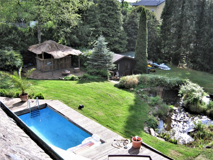 Außergewöhnliche Villa auf 2363.0 m² Grundstücksfläche in Bestlage von Iserlohn!