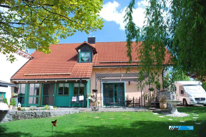 RG Immobilien - Sehr gepflegtes Einfamilienhaus mit schönem Garten