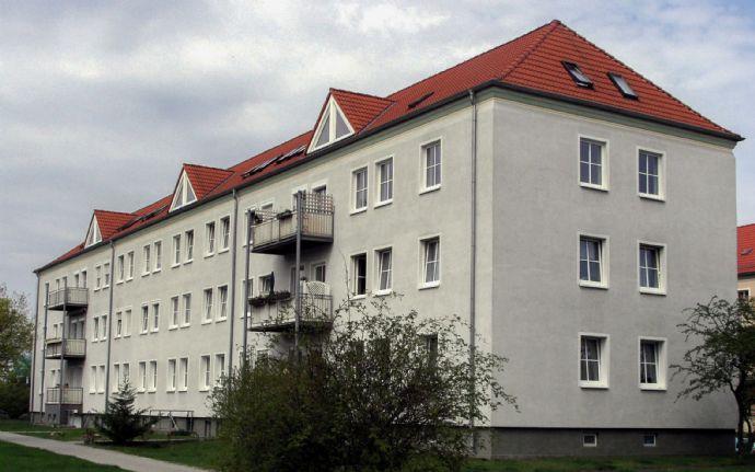 Schicke Dachgeschoss-Wohnung sucht neuen Mieter!