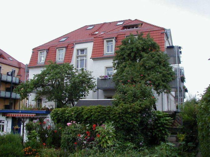 3,5-DG-Mais.-Wohng. m. sonniger Dachterrasse u. weitem Blick an den Kleingärten in DD-Mickten