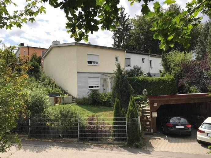 Wohnen im Grünen - Reiheneckhaus mit Garage und Carport