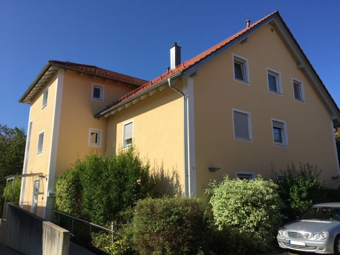 Sonnig-helle Seniorenwohnung 2 - Zi. mit Lift u. Wintergarten