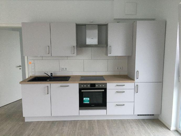 Neubau: Tolle 3-Zimmer-Wohnung in Fredenbeck, Südlage mit großem Balkon