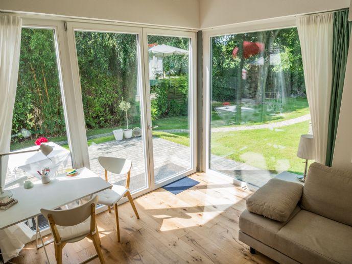 schicke neue Loft mit Terrasse zum Garten