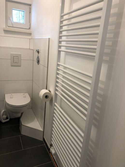 Erstbezug nach Sanierung: freundliche 2-Zimmer-Wohnung voll möbliert mit EBK in Fuhlsbüttel, Hamburg