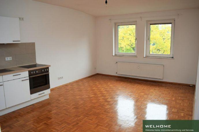 Herrliche 2-Zimmerwohnung mit Altbaucharme und