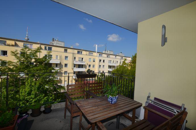 Traumhafte möblierte Wohnung mit 2 Balkonen Nähe Luitpoldpark und U3