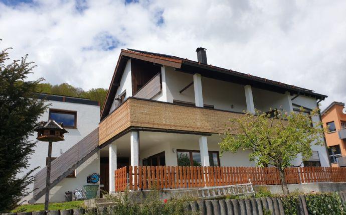 Provisionsfrei * Freistehendes Einfamilienhaus mit ELW Bj. 1991 in Schnaitheim