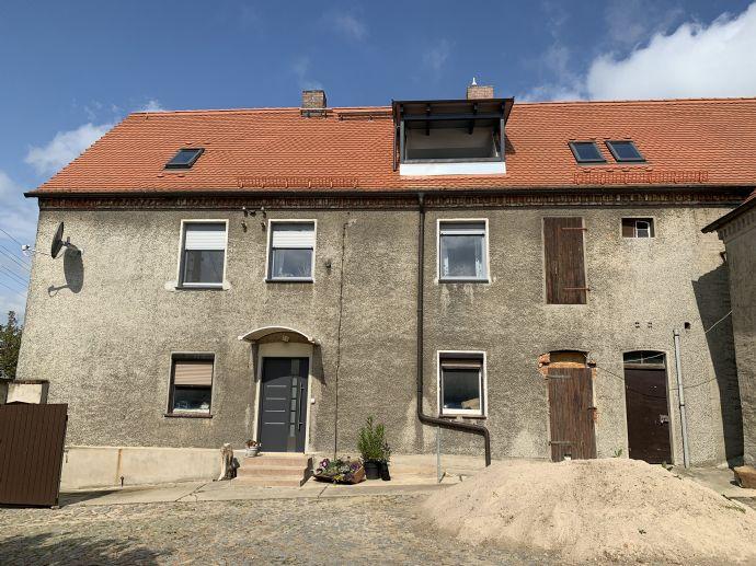 Drei-Seit-Hof für Familie und Hobby über den Dächern des Wurzener Landes (Böhlitz)