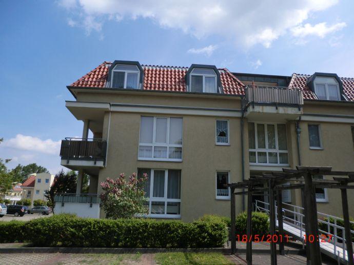 3-Raum-Wohnung Erdgeschoss mit Balkon und EBK