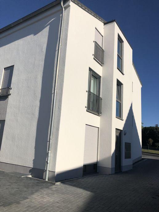 Neubau - 2-Zimmer-Wohnung im Erdgeschoss mit großer Terrasse