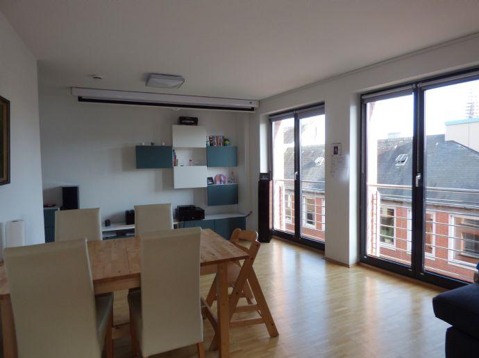 Aachen-Innenstadt: Moderne 4-Zimmerwohnung am Markt