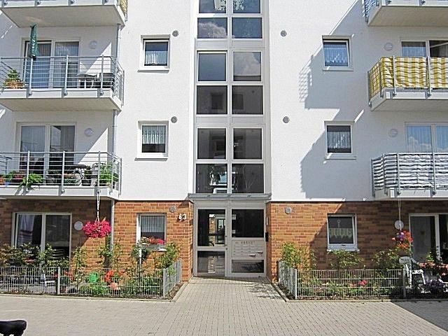 Moderne behindertengerechte Seniorenwohnung mit Balkon zu vermieten!