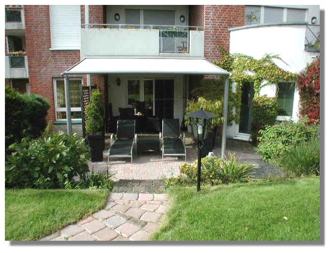 Helle 2-Zimmer-Wohnung mit Garten (Südlage) und Einbauküche