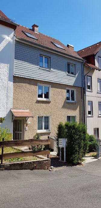 gemütliche Wohnung (1.OG) in ruhiger Lage, mit Balkon