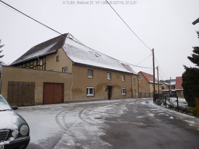 ehemalige Gaststätte mit Wohnung und Saalanbau
