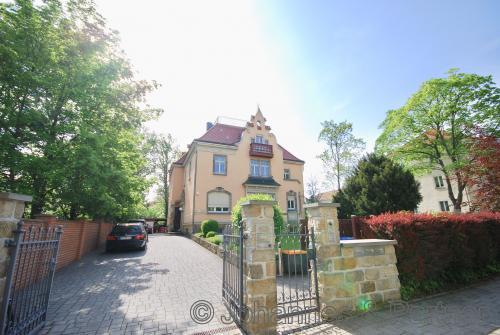 Haus im Haus im Süden von Dresden mit 300 m²