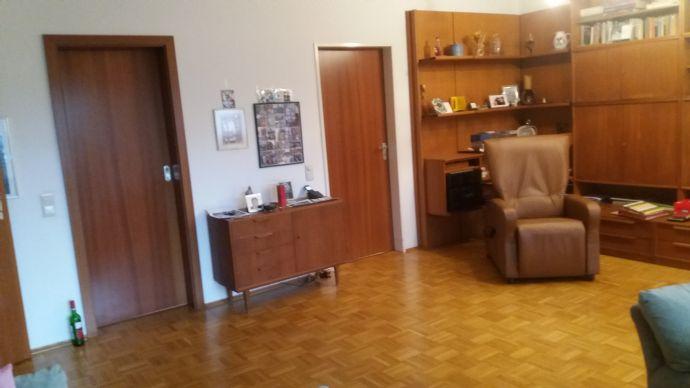 gepflegte 3-Zimmer-Wohnung mit Balkon in ruhiger, zentraler Lage in Viersen von privat zu vermieten