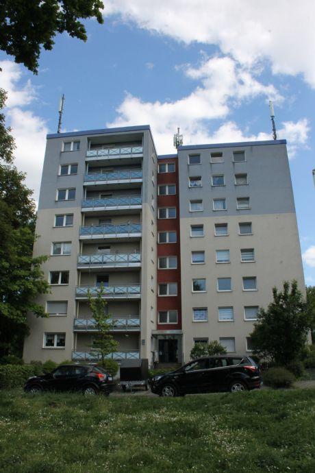 Wunderschöne  & helle 3 Raum Wohnung, Balkon, neues Duschbad, Gäste WC , frisch renoviert