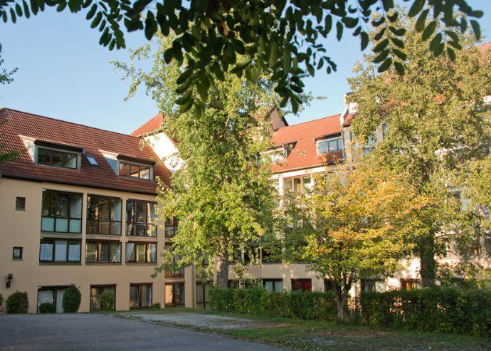 1 Zimmer Studentenappartement mit Wintergarten