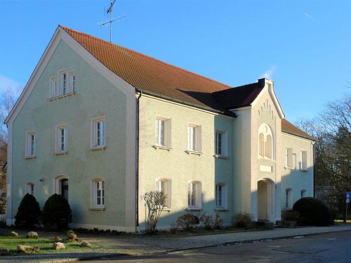 *** Exklusiv bei Engel & Völkers *** Imposantes Stadthaus mit historischem Flair