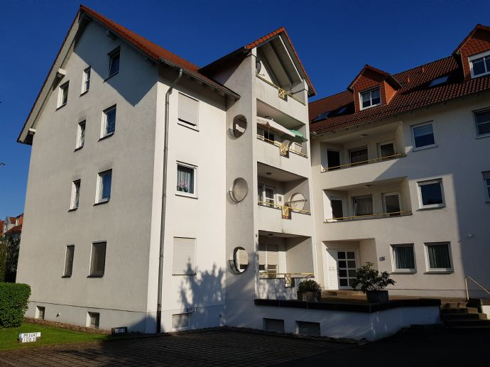 Helle 3-Zimmer-Wohnung mit Balkon Nähe Stadtzentrum und Kurpark von Bad Hersfeld