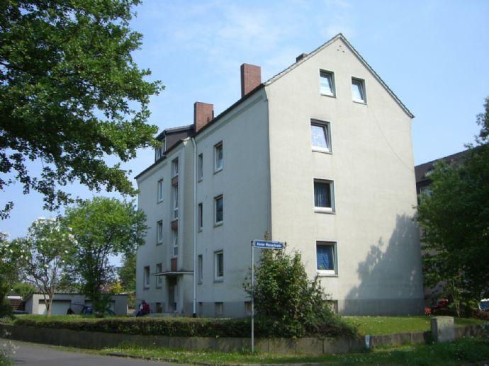 Citynah und ideal für Singles: 3-Zimmer-Dachgeschosswohnung in Bünde