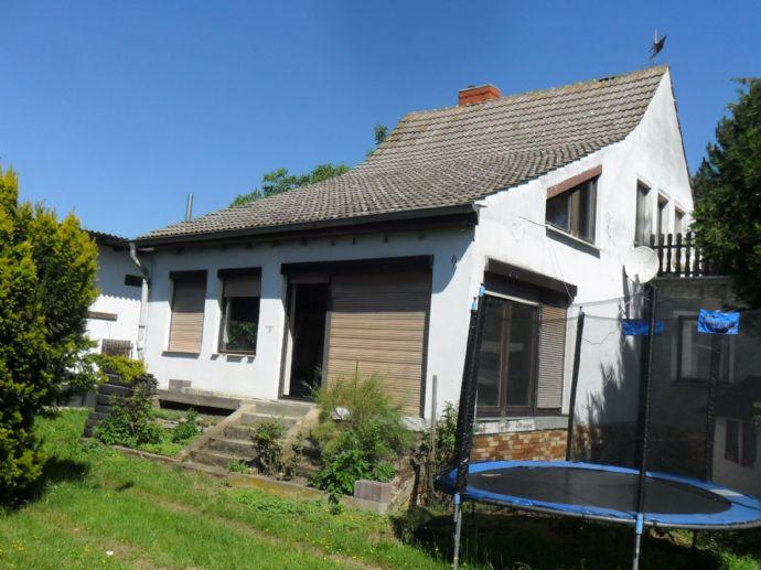 Sanierungsbedürftiges EFH auf naturnahem großen individuell nutzbaren Grundstück in Bahrendorf (Sülzetal)