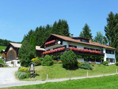 Ferienhof Kühberg*** -Ferienwohnung Löwenzahn