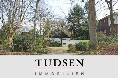 Baugrundstück für ein Mehrfamilienhaus / Townhouses in bester Wohnlage.