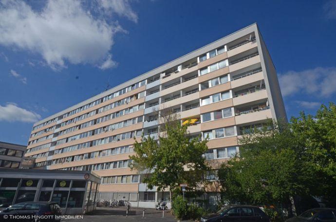 Gut geschnittene 3-Zimmerwohnung mit Loggia in Köln-Ehrenfeld / Braunsfeld