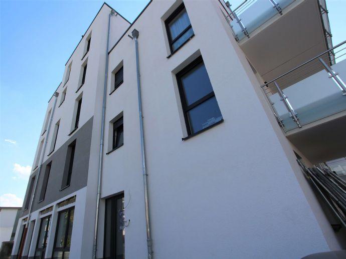 Gemütliche 2 Zimmer Erdgeschosswohnung mit Terrasse, zentral in Wetzlar