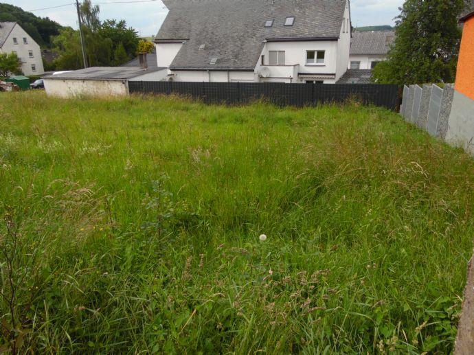 Schönes, großzügiges Baugrundstück in ruhiger Wohnlage (Baulücke keine Bauverpflichtung)