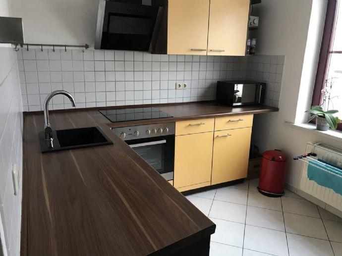 2-Zimmer-Wohnung mit Einbauküche und Balkon